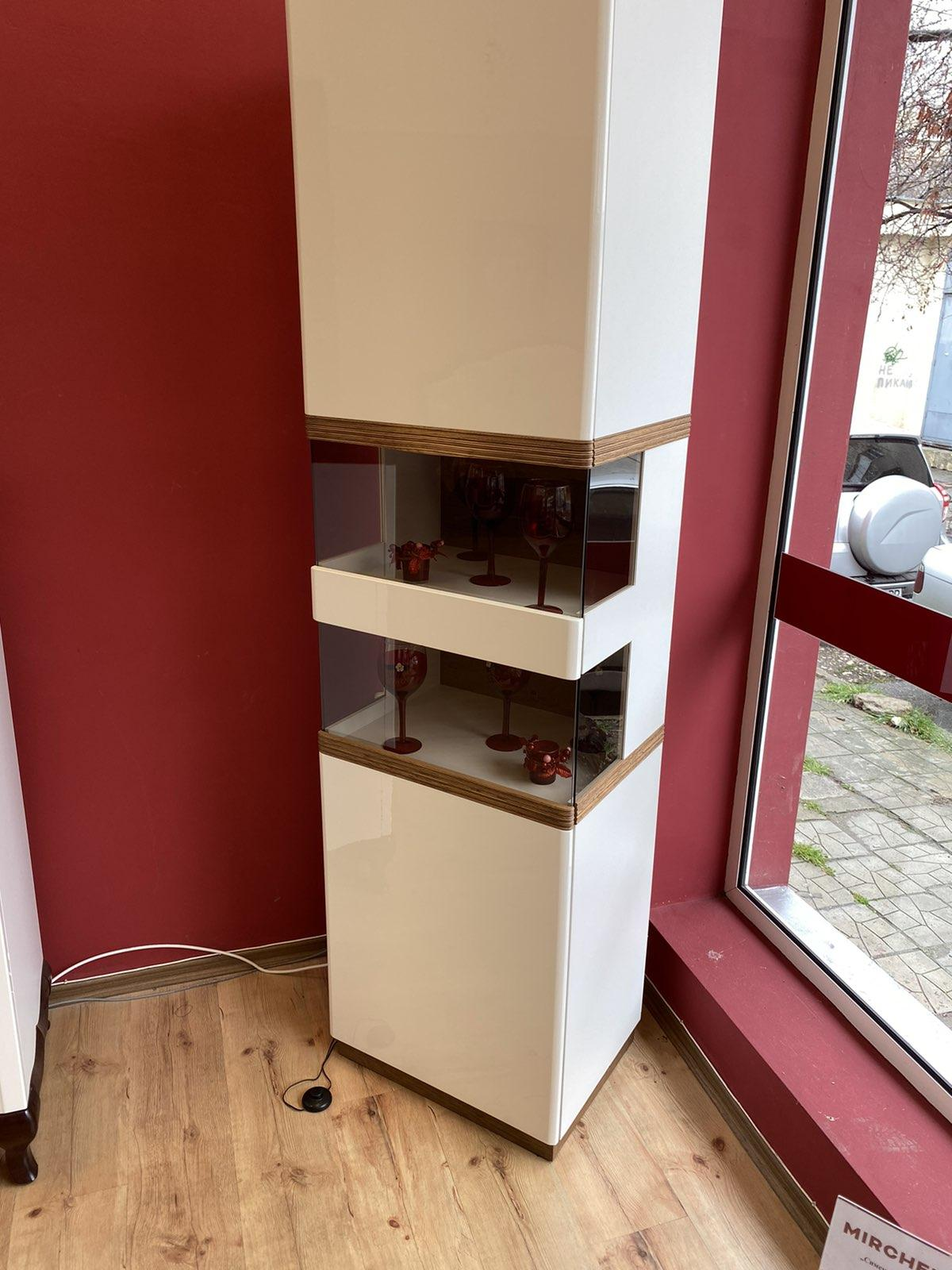 Единична витрина - CM-W1/2 Como - арт мебели естествено дърво