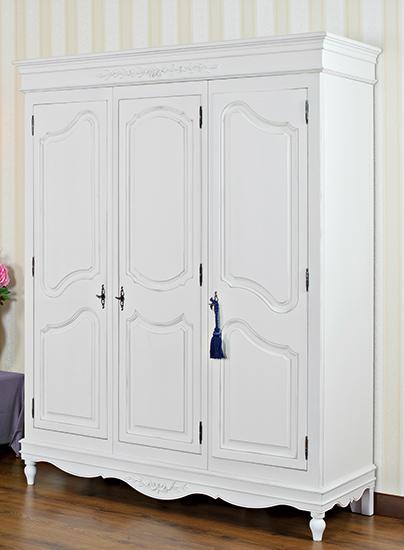 Гардероб с три врати Lavanda - арт мебели естествено дърво