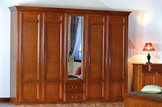 Гардероб с пет врати Romlux - арт мебели естествено дърво